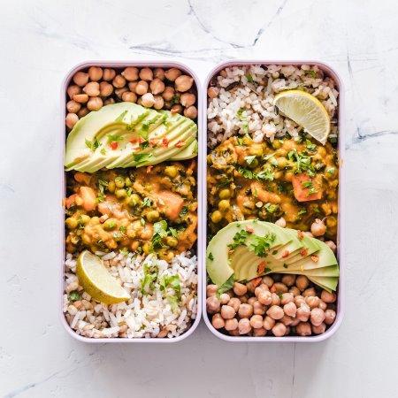 1-4_ella-olsson-1184066-unsplash-Beans-rice-avo-legumes_CROP